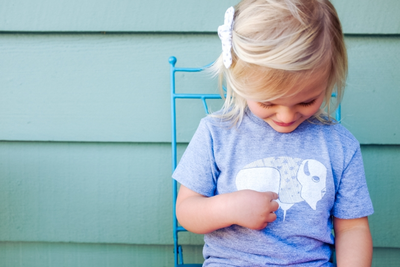 What Lyla wears on allthingsinspired.com |  Shirt c/o Scout Folks,  Clip c/o  Asthedearhandmades ( on Etsy )